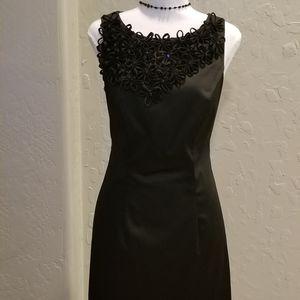 Taylor Sleeveless Black Dress Flower Trim